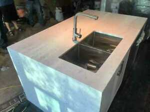 Kitchen Countertop with Granite and Quartz surface