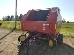 2003 New Holland BR780 Baler