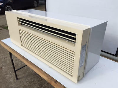3.2 kW AIR CONDITIONING CONDITIONER HEAT / COOL  FOR LOG CABIN - GARDEN ROOM