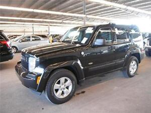 2010 Jeep Liberty Sport North Edition 76,000Km Certified $14995