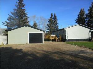PRICED TO SELL IN BROWNVALE W/ DBL GARAGE