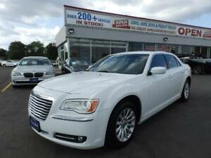 2014 Chrysler 300 LEATHER SEATS NO ACCIDENT DEALER MAINTAINED