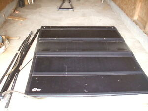 BAKflip 4 section foding toneau cover