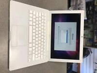 Apple MacBook intel Core 2 Duo 1.8 Ghz , 320GB HDD, 2GB Ram, NEW BATTERY ONLY £94.99