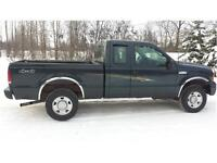 2006 FORD F-250 XLT 4X4 ONLY 120,000 KMS, 5.4, Automatic $12,900