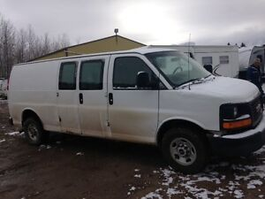 2007 GMC Savana E3500 ONE TON Van