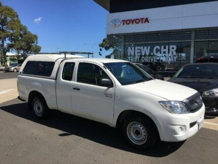 2008 Toyota Hilux GGN15R MY09 SR Xtra Cab White 5 Speed Automatic Utility