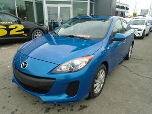 2013 Mazda Mazda3 **HEATED SEATS, CRUISE AND BLUETOOTH!** GS