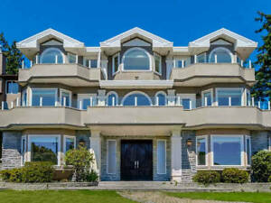 West Vancouver 5500 SQFT House for Rent