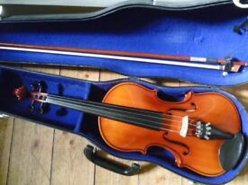 full-size violin with bow and case, excellent beginner's instrument VGC, in tune & ready to play