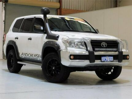 2014 Toyota Landcruiser VDJ200R MY13 GX White 6 Speed Sports Automatic Wagon Bibra Lake Cockburn Area Preview