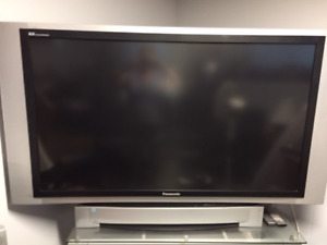 "60"" PANASONIC TV"
