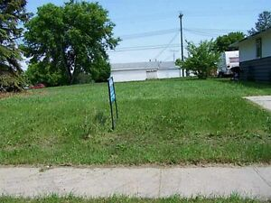 Residential lot in Holden