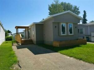 Beautiful 2 Bedroom Mobile Home In A Well Ran Complex