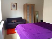 HUGE DOUBLE ROOM WITH BALCONY, SOFA AND DOUBLE BED IN ARSENAL