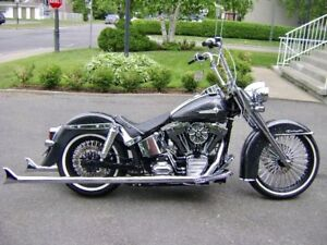 HARLEY SOFTAIL DELUXE CHOPPER