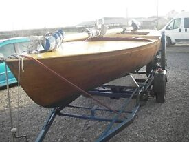 Classic Day keel yacht 18 feet on trailer £3250