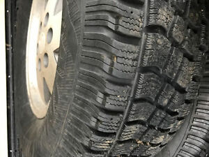 Set of 4 winter tires with Chevy alloy rims 265/75/16