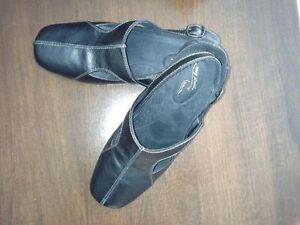 Chaussures neuves de marque Easy Street gr 12w