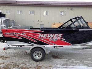 Awesome looking jet boat. Shallow water, Lite weight. Custom