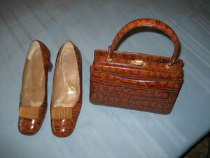 Vintage 1960's Light Brown Leather Purse & Matching Shoes