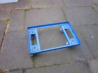 Heavy duty trolley tray .
