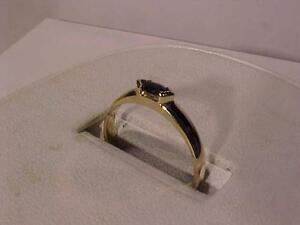 #880-14K YELLOW GOLD/SAPPHIRE RING -SIZE 7 GREAT VALUE-FREE LAYAWAY  CHRISTMAS JUST WEEKS AWAY