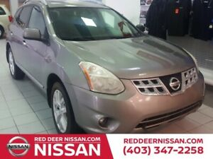 2011 Nissan Rogue SV | HEATED SEATS | AWD | BACK UP CAMERA AND M