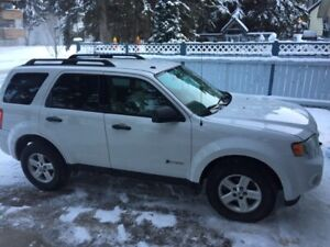 2010 Ford Escape AWD! HYBRID! Just Serviced! Auto SUV Hatchback