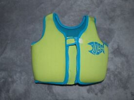 ZOGGS SWIM VEST GREEN AND BLUE 2-3 YEARS