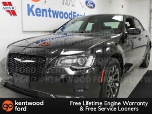 2017 Chrysler 300 300S AWD, power leather seats, back up cam, pu