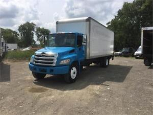 2011 Hino 268 26ft Dryfreight Box w/ Liftgate