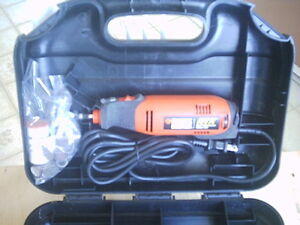 Outil Rotatif Haute Performance Black & Decker RTX