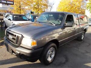 2010 Ford Ranger  XL-S 4 Portes-Suicide avec boite en Fibre ''