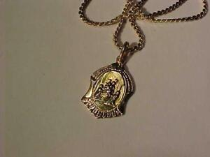 """3569-18k yellow gold 20"""" chain and Baptisum Metal-Professionally polished and hallmarked-Free s/h in Canada only interac"""