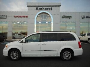 2016 Chrysler Town & Country Touring POWER SLIDING DOORS AND TAI