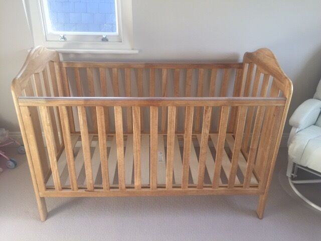 Mamas & Papas Oak Cot bed, Battersea London