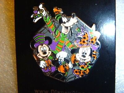 Disney pin - My First Halloween Starter Set - Mickey, Minnie, and Goofy Pin ONLY - My Halloween Collection