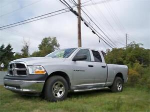 GREAT DEAL!  ONLY $177 BI WEEKLY - 2012 RAM 139000 KM! 4X4