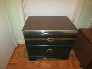Attractive Jade-Green Marbled Night Stand