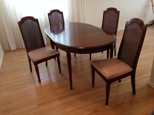 Cherry wood dining table with leaf and 4 chairs