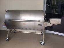 GASMATE Deluxe Spit Roaster Daisy Hill Logan Area Preview