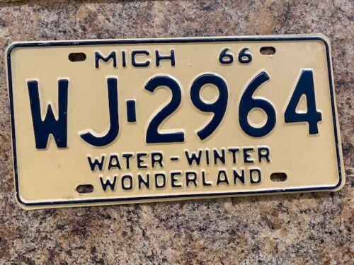1966 Michigan License Plate WJ-2964 Mint w/ original envelope commercial