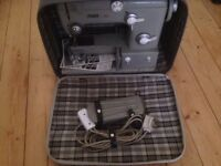 PFAFF 382 ELECTRIC SEWING MACHINE with foot pedal / power supply - Cased