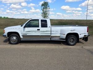 1997 GMC Sierra 3500 Pickup Truck