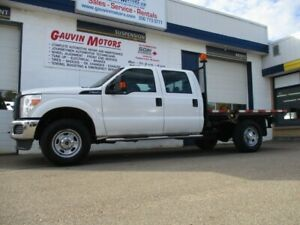 2016 Ford F-350 XLT 9 FOOT FLAT DECK,  LOW KMS