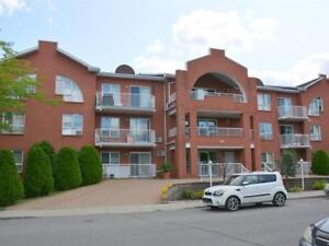 88M2 condo for rent, lasalle, 2 big bed rooms, big living room