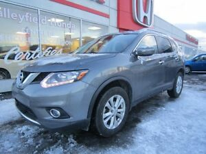 2014 Nissan Rogue SV, Toit Panoramique,Awd , ensemble de remorqu