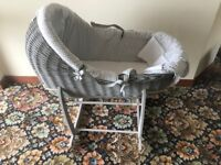 Clair de Lune Moses basket and rocking stand (Brand New)