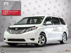 2015 Toyota Sienna LE 8-passenger Front-wheel Drive (FWD)